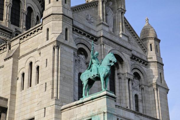 Церковь Сакре-Кёр на вершине Монмартра