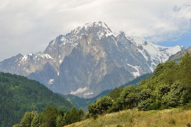 Сезон для восхождения на Монблан, Французские Альпы