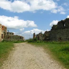 Пневский замок в Карпатах