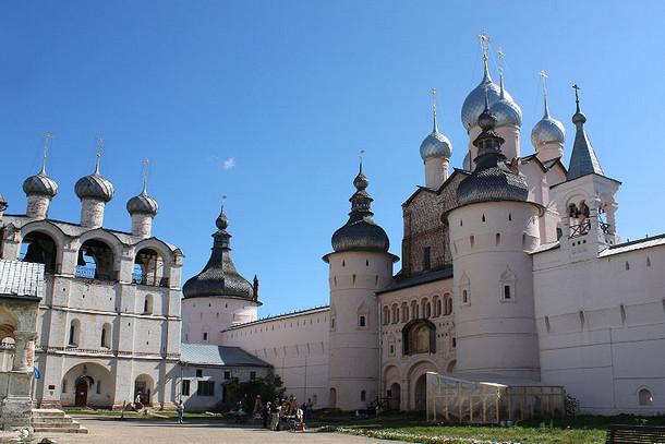 Ростовский кремль —уникальныйпамятник русской архитектуры