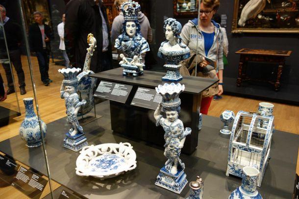 Выставка королевского Делфтского фарфора