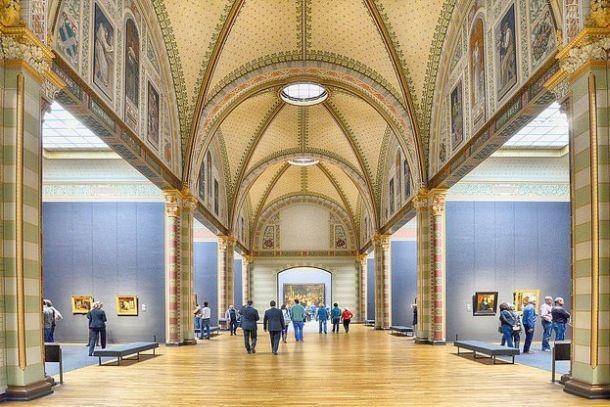 Зал с картинами Рембрандта