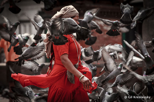 Женщина на улице, Катманду