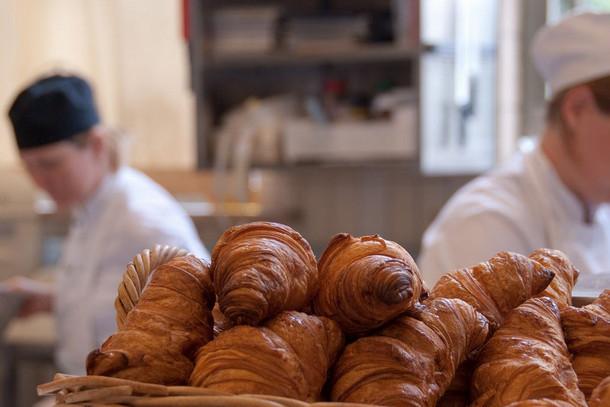 Круассаны, французская кухня