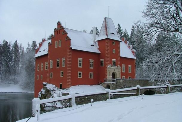 Замок Червена Лгота, зимой