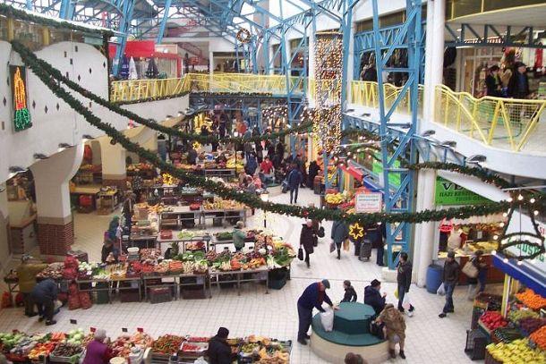 Внутри рынка Lehel