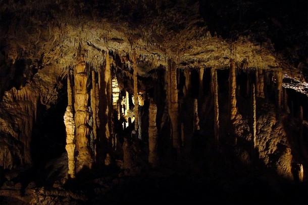 Пещера Ан-сюр-Лес (Минарет), Бельгия