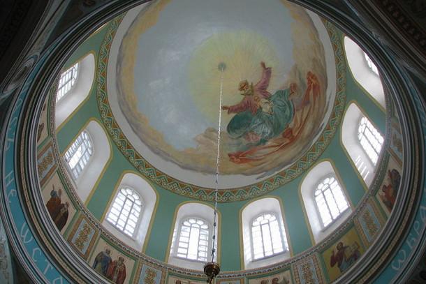 Верхняя часть Успенского кафедрального собора (луковица)