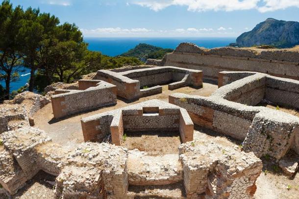 Вилла Йовис на острове Капри