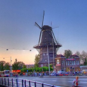 Пивоварня Brouwerij 't IJ в Амстердаме