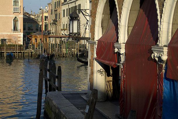 Бордовые кулисы. Венеция