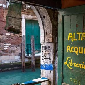 Libreria Alta Acqua — необычный книжный магазин в Венеции