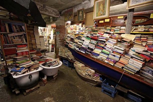 Libreria Alta Acqua, Венеция, Италия