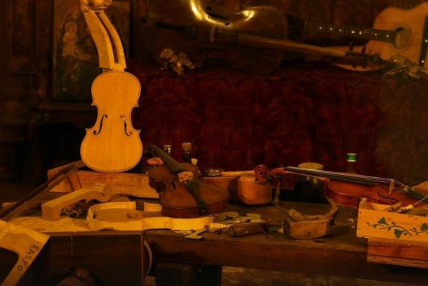 Музей музыкальных инструментов в церкви Сан-Маурицио