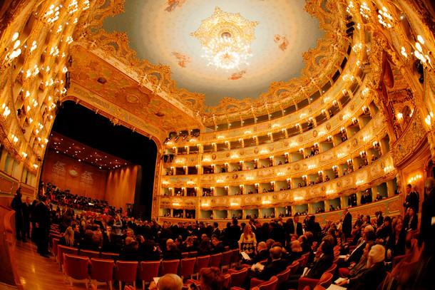 Театр «Ла Фениче», Венеция, Италия