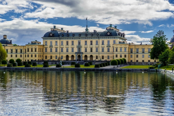Вид на замок с реки
