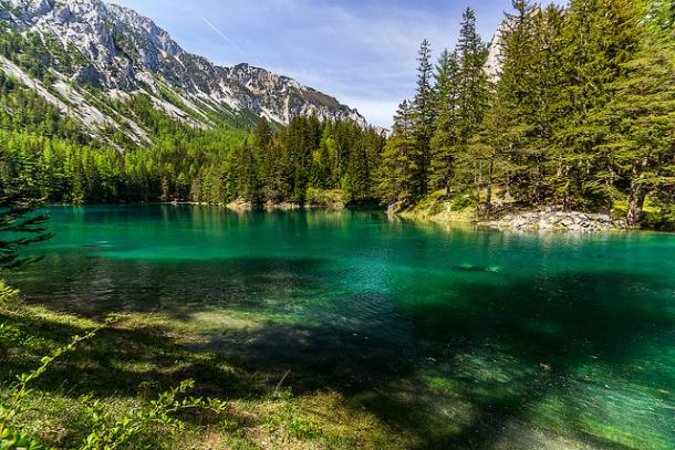 Вид на озеро и горы