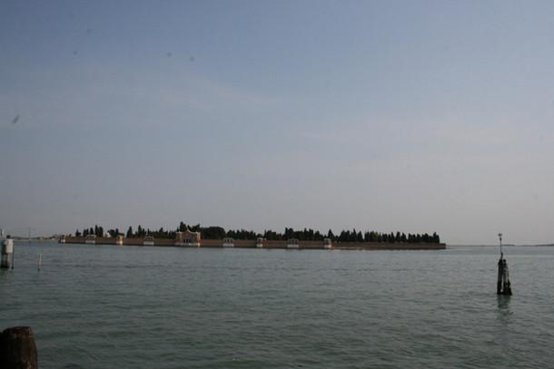Остров Сан-Микеле в Венеции