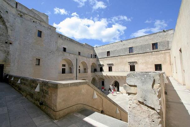 Замок Отранто в Апулии
