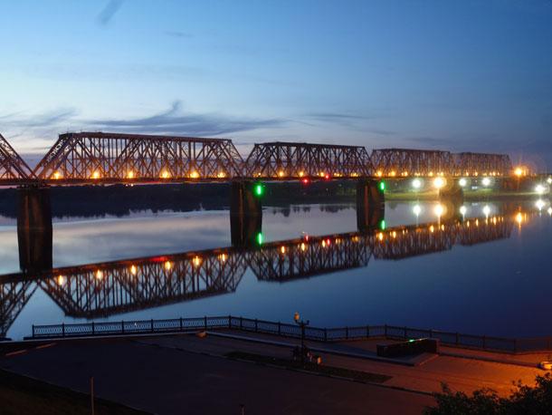 Ярославль. Железнодорожный мост через Волгу.