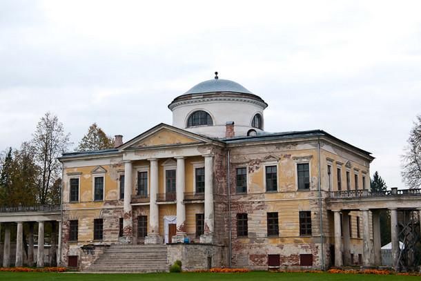 Усадьба Знаменское-Раек – между Питером и Москвой