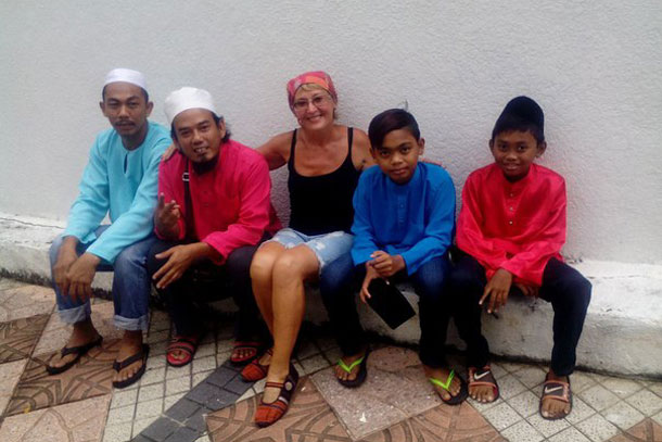 Жители Куала-Лумпур. Малайзия