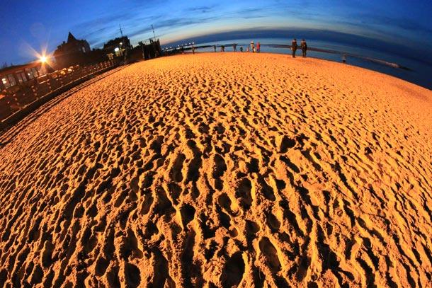 пляж Зеленоградска вечером