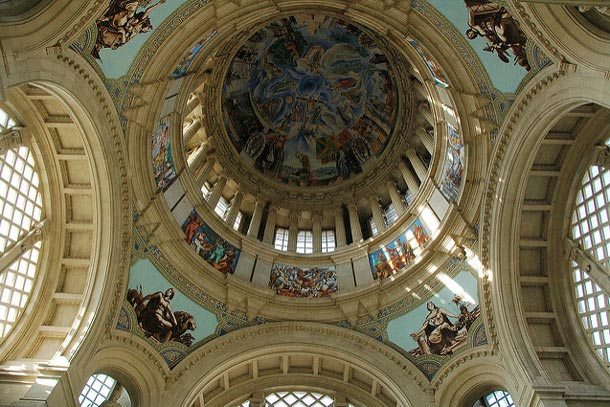 купол национального дворца Барселоны