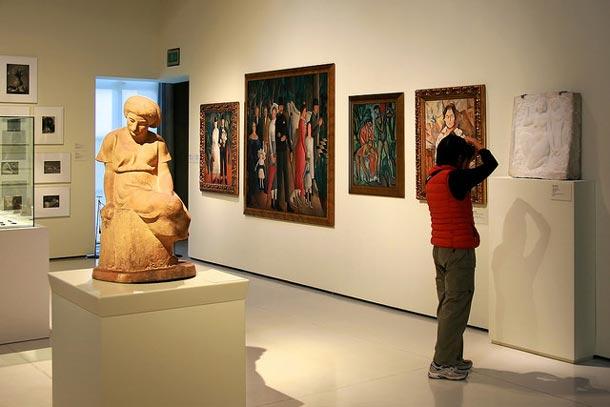 выставка в национальном дворце Барселоны