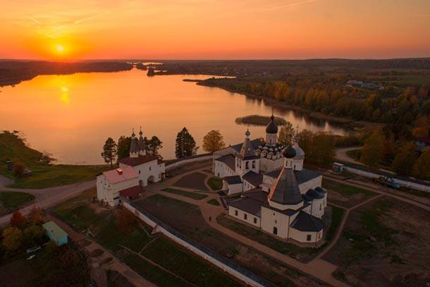 Ферапонтов Белозерский монастырь [править | править вики-текст]